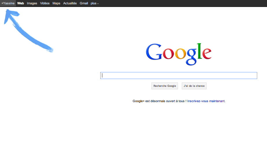 Google+ indiqué par une flèche bleue