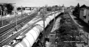 Photo d'un train pour illustrer l'article sur la longueur des URLs d'articles de blog.