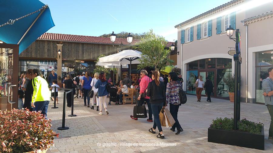 Le village de marques à Miramas